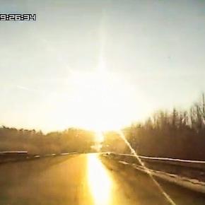 Meteoro cai na região dos Montes Urais, naRússia